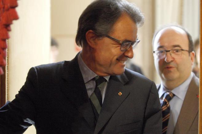 El president Artur Mas e Iceta en un Pleno del parlament.