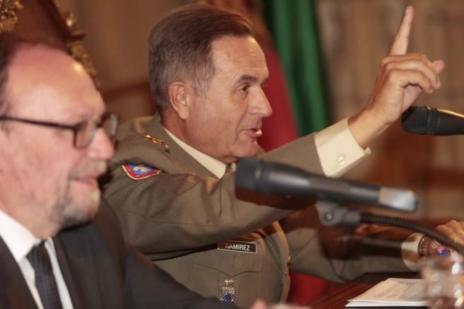 Alfredo Ramírez Fernández, teniente general del MADOC durante su...