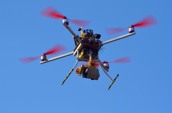 Un drone sobrevuela Kiev (Ucrania)