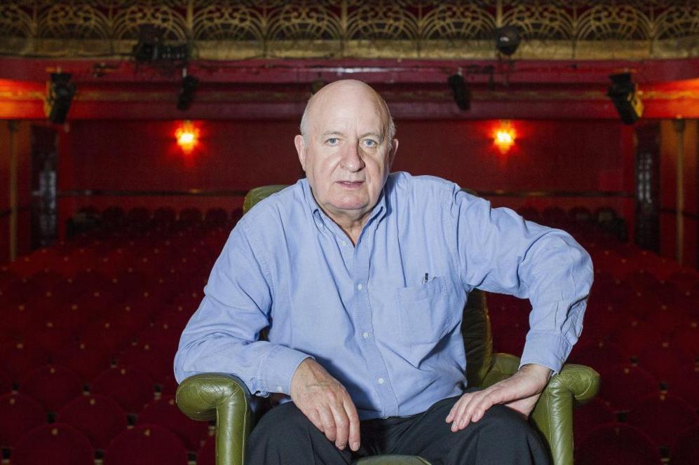 Alistair Beaton, en el Teatro Infanta Isabel de Madrid donde se...