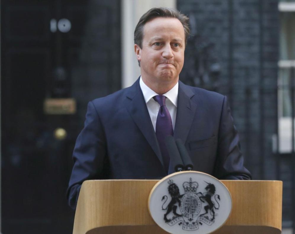 David Cameron comparece ante los medios en Downing Street.
