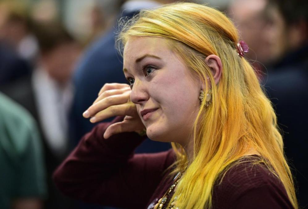 Una independentista se seca las lágrimas en Edimburgo.