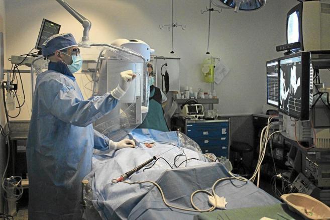 Una intervención quirúrgica, practicada con la tecnología TedCube...