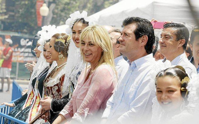 Sonia Castedo y José Císcar en una mascletà de las fiestas de San...
