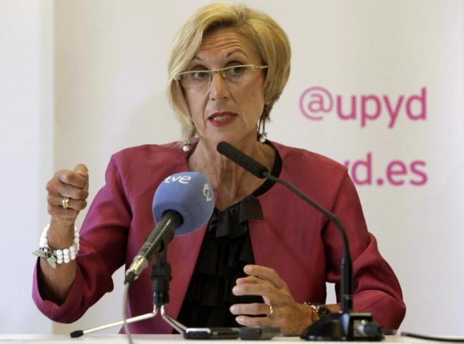 Rosa Díez, en la rueda de prensa celebrada en Gijón.