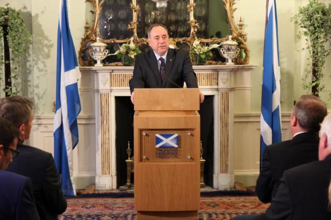 El ministro principal de Escocia, Alex Salmond, durante una rueda de...