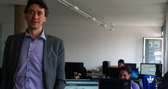 Oscar Marie-Richard, socio fundador de Prot-on en sus oficinas en...