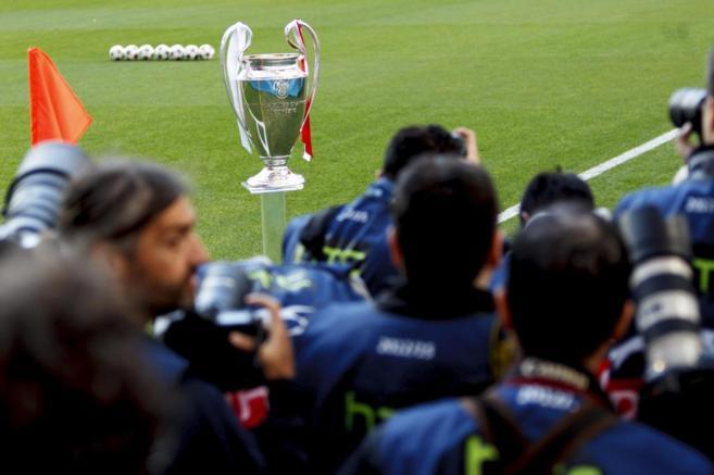 La Copa de Europa, antes de la final de Lisboa entre el Real Madrid y...
