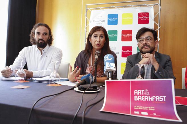 Javier Hirschfeld, Gemma delCorral y José Antonio Mondragón, en la...