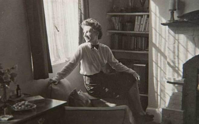 Marie Cristine Chilver, Fifi, según el nombre que empleaba como...