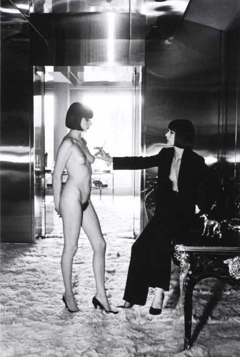 Una de las fotografías de Helmut Newton que subasta Christie's