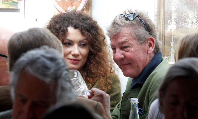 Simona y Ernesto de Hannover, fotografiados en el Oktoberfest.