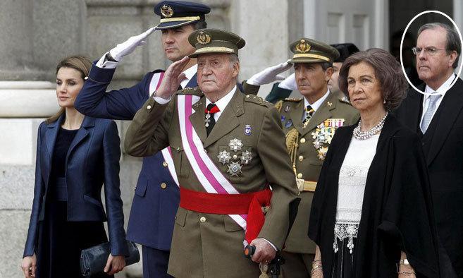 La Reina Letizia, el Rey Felipe VI, Don Juan Carlos, Doña Sofía y...