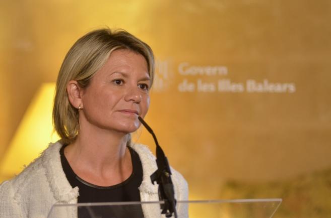 La consellera de Cultura, Núria Riera, durante el acto de toma de...