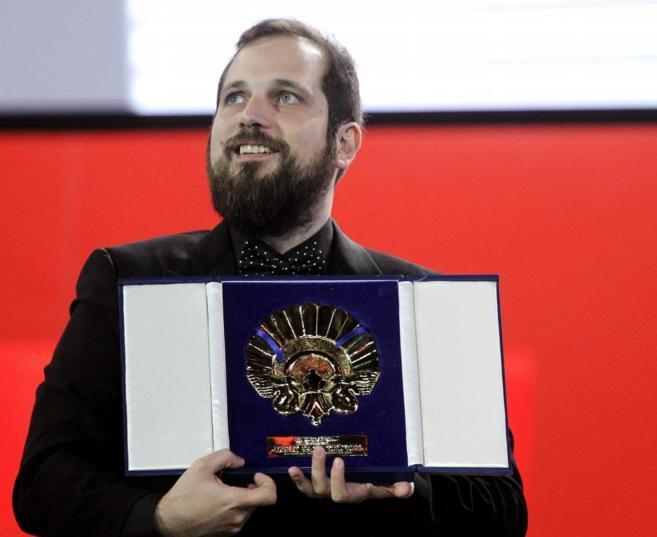 "Vermut recibe la Concha de Oro por ""Magical Girl"", durante..."