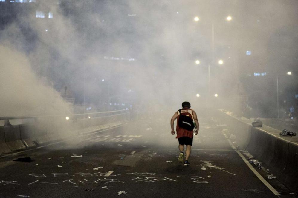 La huida de los gases lacrimógenos.