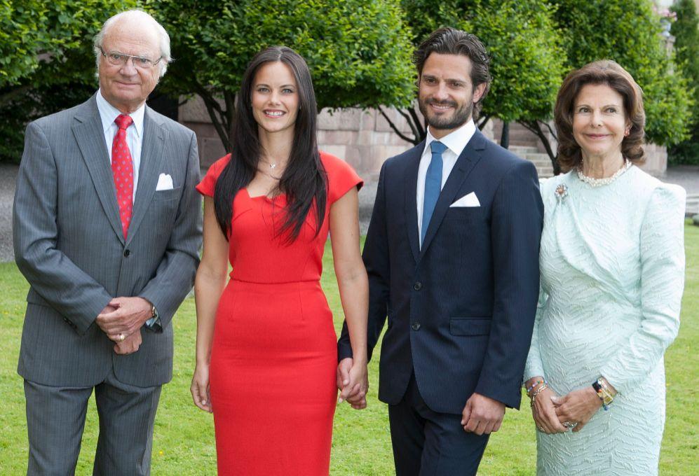 La casa real sueca anunció su compromiso en junio de 2014. Los...