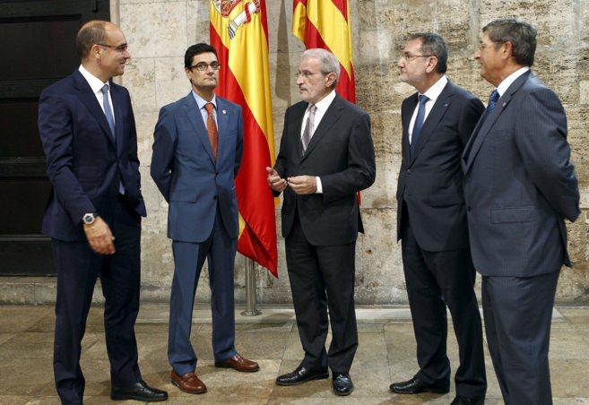 Los cinco rectores de las universidades públicas valencianas, el...