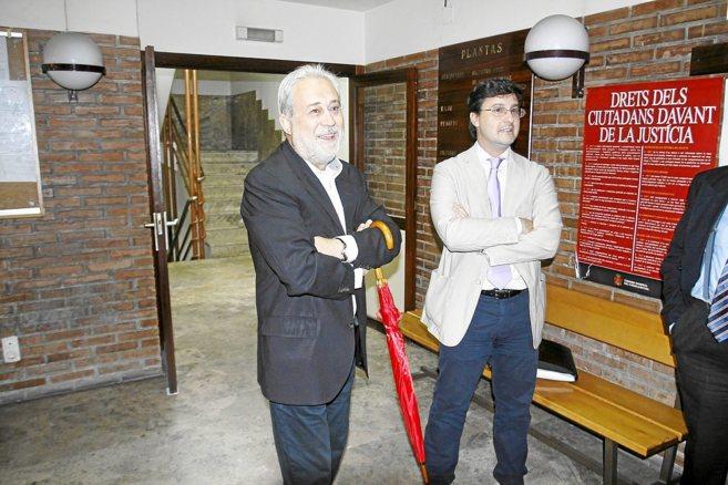 El ex alcalde socialista de Elda, Juan Pascual Azorín, a la...
