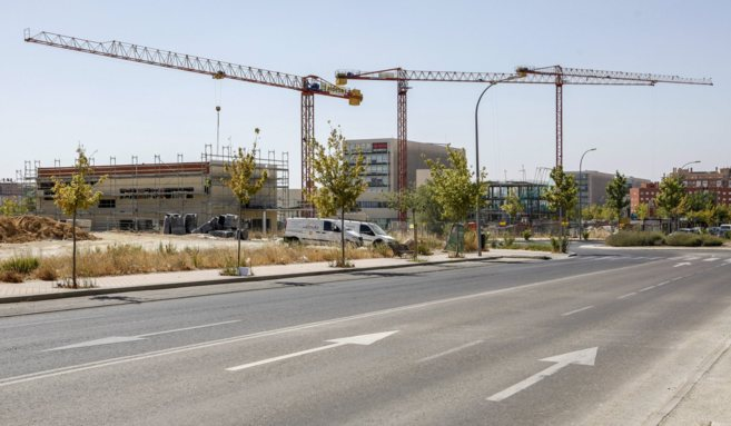 Viviendas en construcción en uno de los nuevos barrios del norte de...