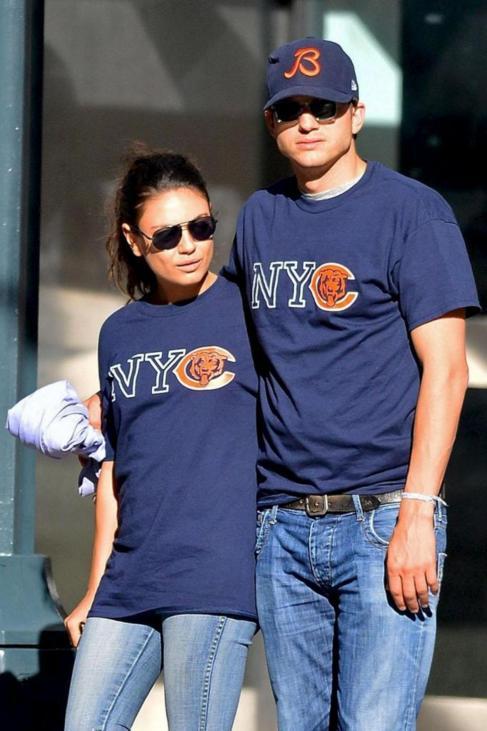 La pareja Mila Kunis y Ashton Kutcher hace un año.