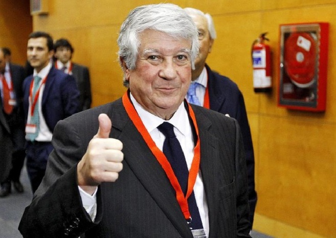 Arturo Fernández, durante la asamblea general de CEIM en la que...