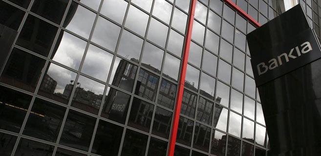 Oficinas de Bankia, una de las entidades rescatadas por el Gobierno...