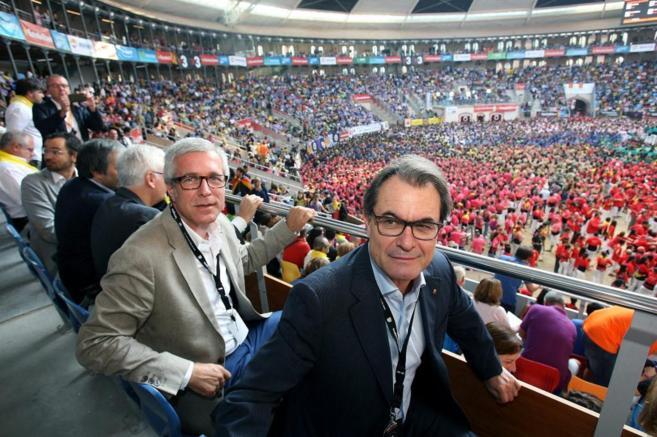 Mas presencia  hoy el Concurso de Castells en la plaza Tarraco Arena...