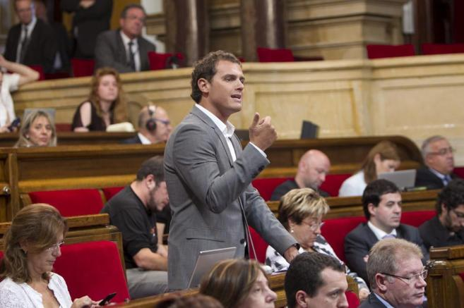 Albert Rivera en un Pleno del Parlament.