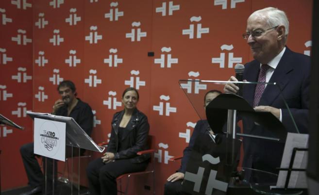 Víctor García de la Concha presenta 'La voz de nuestros...