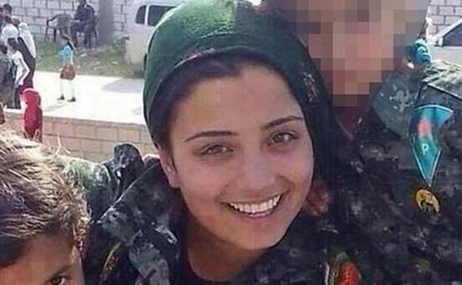La combatiente de las Unidades de Protección Popular Arin Mirkan.