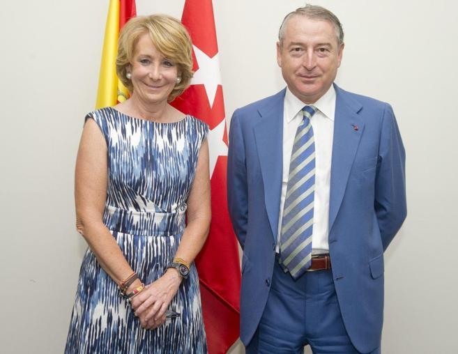 José Antonio Sánchez, junto a Esperanza Aguirre.