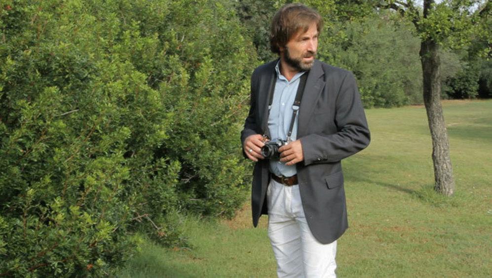 El actor Antonio de la Torre versionando 'Blow Up'