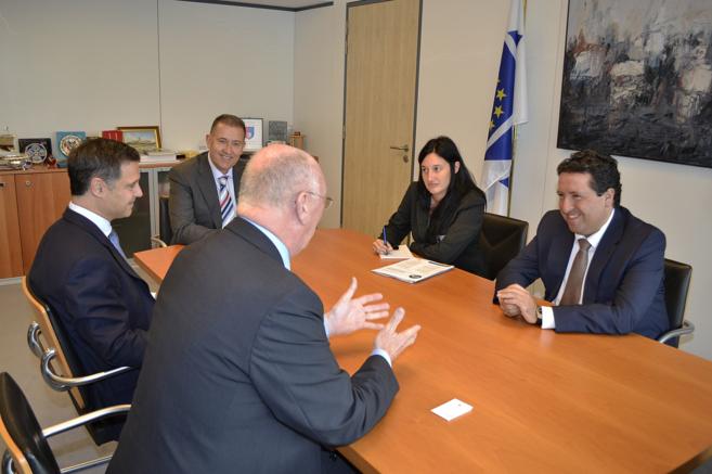 Reunión de los presidentes de ambos organismos en Bruselas, este...