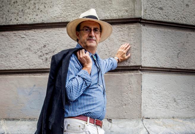 Alfonso Domingo en Bilbao donde presentó su libro.