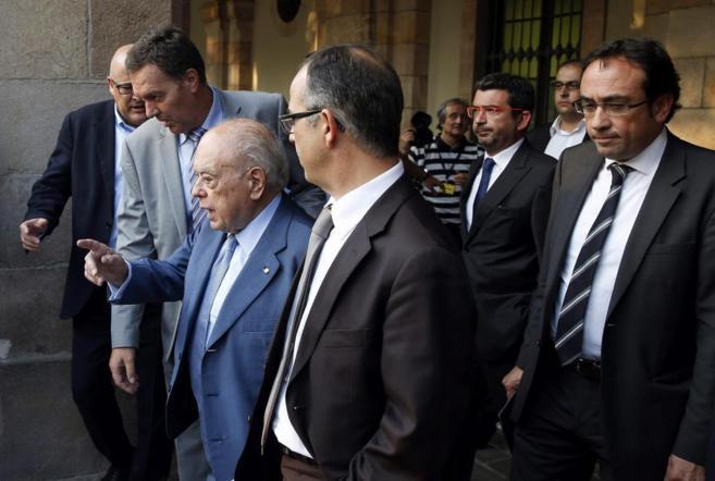El ex presidente de la Generalitat, Jordi Pujol, tras comparecer en el...