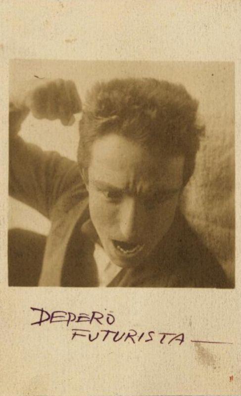Autorretrato de Depero en Roma (1915)
