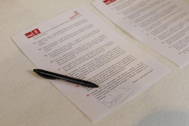 El Código Ético firmado por el líder del PSOE, Pedro Sánchez.