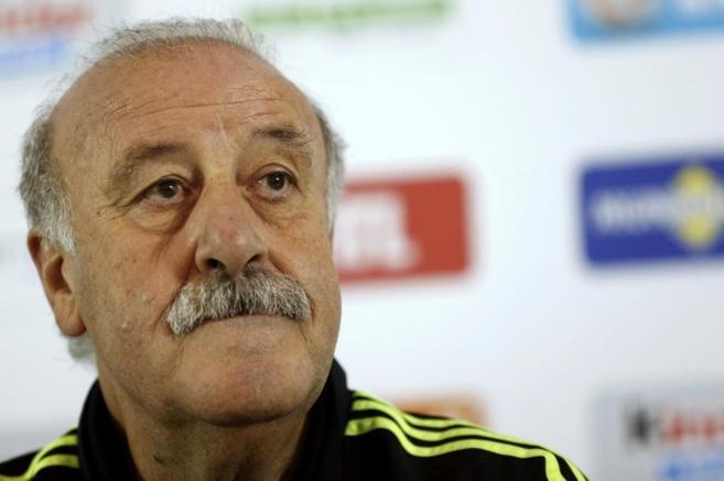 Vicente del Bosque, en la rueda de prensa realizada en Luxemburgo, el...