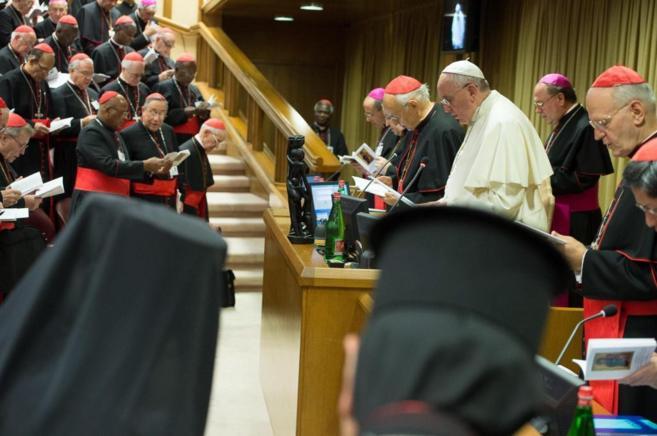 Primer Matrimonio Gay Catolico : Elisa y marcela el primer matrimonio lésbico católico homosensual