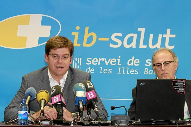 El conseller de Salud, Martí Sansaloni durante una rueda de prensa.