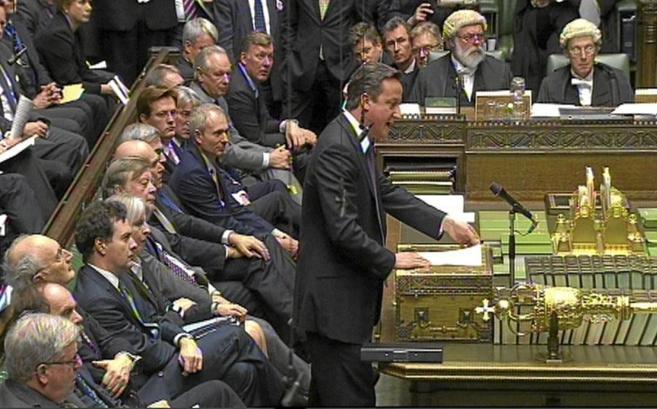 El primer ministro británico, David Cameron, durante una sesión en...