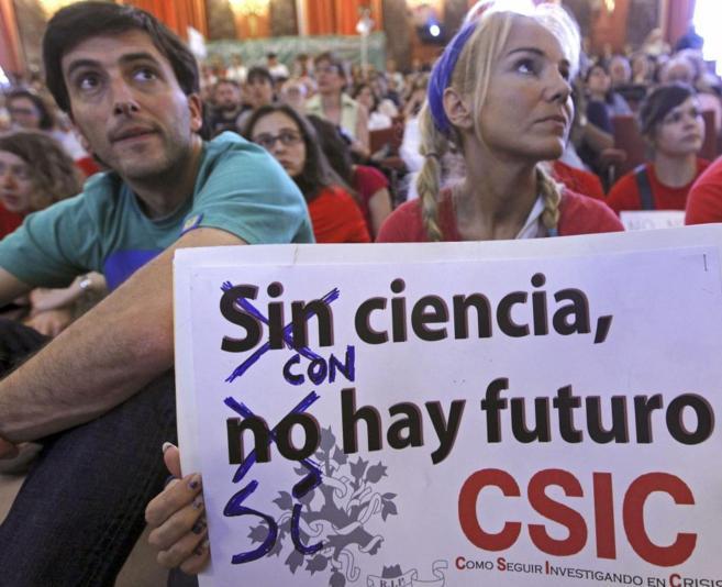 Manifestación contra los recortes en I+D en 2013 en el CSIC.