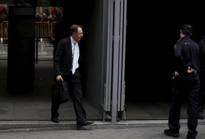 Idelfonso Sánchez Barcoj, a su salida tras declarar en la Audiencia...