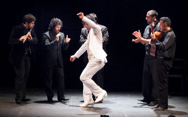 El bailaor cordobés Ángel Muñoz, en plena actuación.