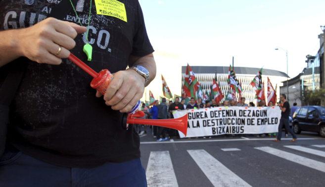 Manifestación de los trabajadores de Bizkaibus en una nueva jornada...