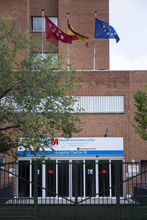 Hospital Carlos III donde están ingresadas 15 personas en...