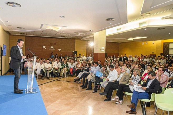 El presidente provincial, José Císcar, ayer, durante su...