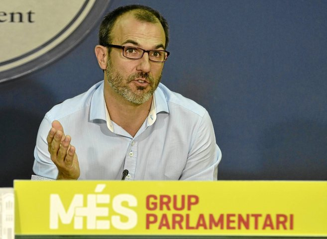 El portavoz de MÉS en el Parlament, Biel Barceló, en una rueda de...