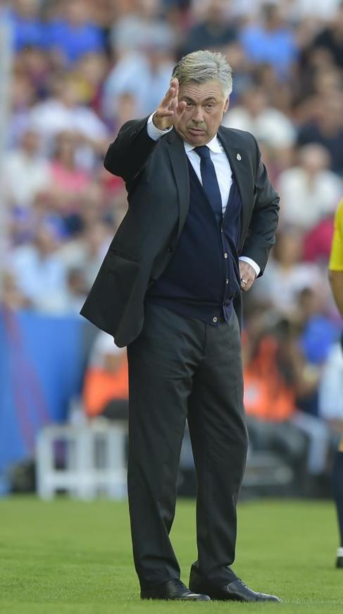 Ancelotti, durante el encuentro ante el Levante.